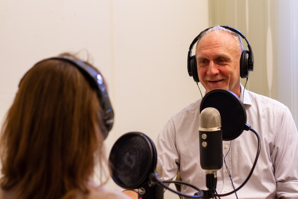 Kew Gardens' Bob Allkin joins Federica Santoro in the studio for the Drug Safety Matters podcast. Photo: UMC
